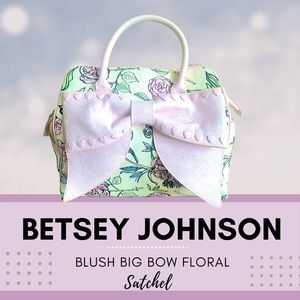 NWOT BETSEY JOHNSON BLUSH BIG BOW FLORAL